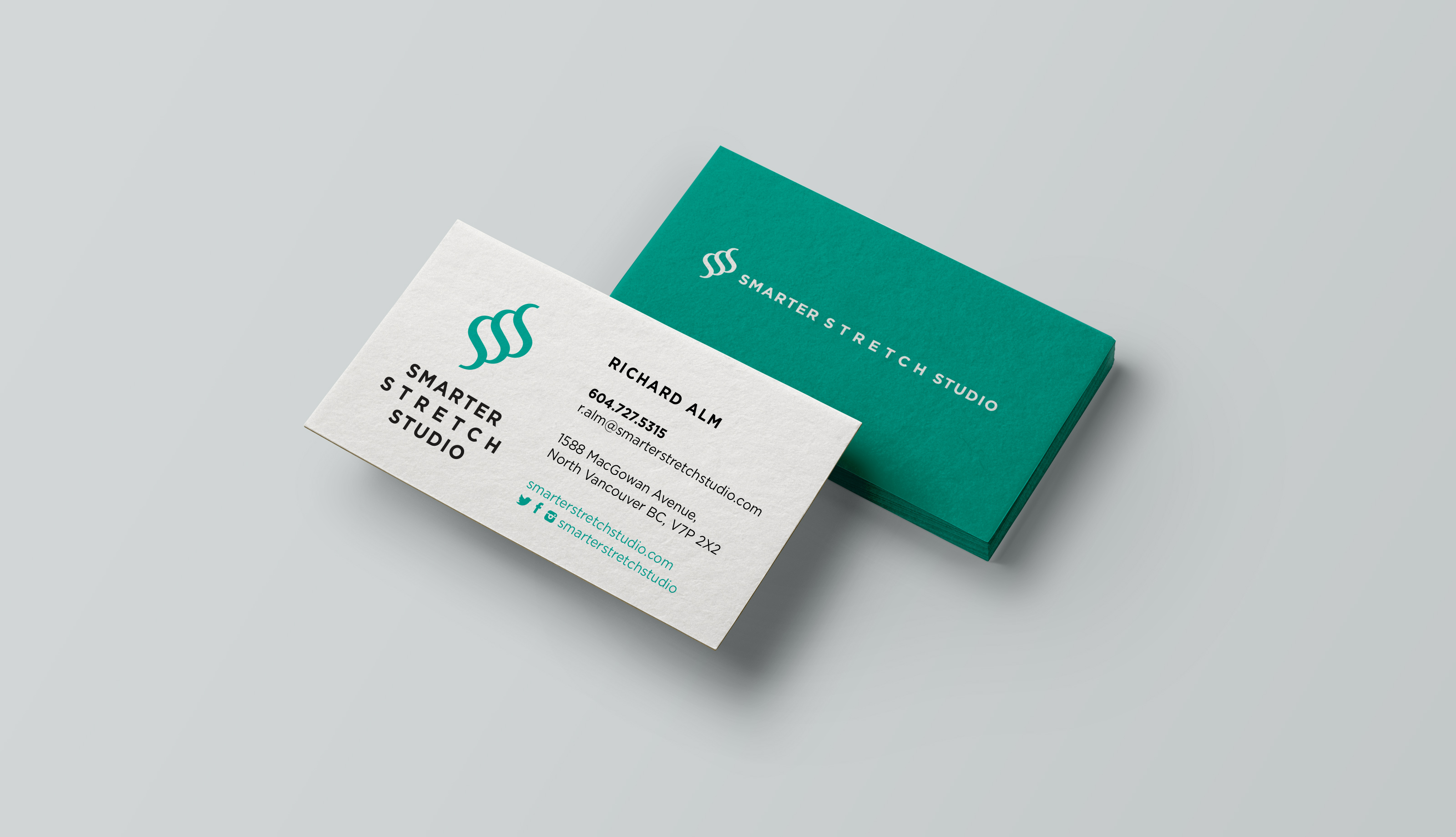 SSS-Business-Card-Mockup